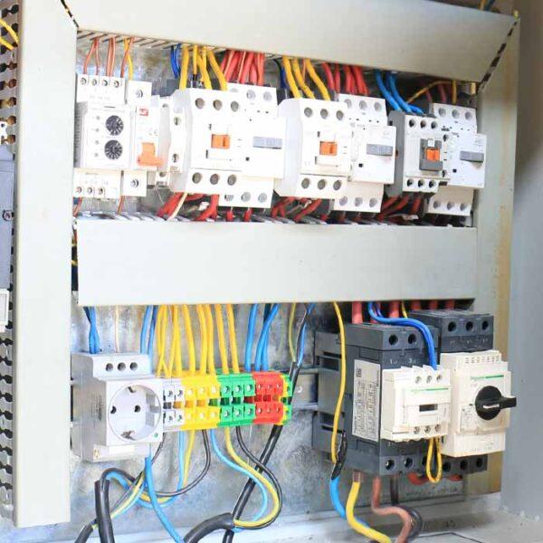 کنترلر دستگاه یخساز